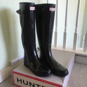 Refined Glossy Hunter Boots